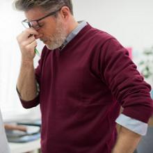 В каком возрасте у мужчин начинается климакс, симптомы